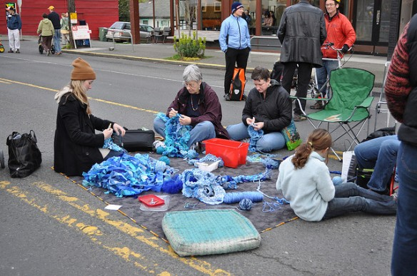 Crocheting in Seattle's Summer Streets